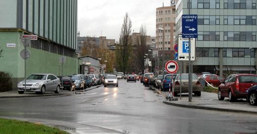 Kancelárske, obchodné a prevádzkové priestory na Plynárenskej ul.